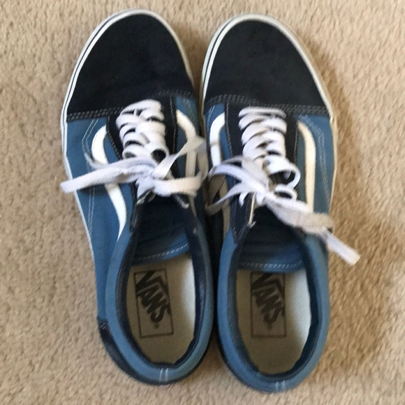 9cf2422a07c5a1 Vans Old Skool men s two tone blue size 9. M 5b68bf009264af5ae431088e